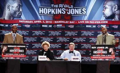 Пресс-конференция перед боем Джонс - Хопкинс